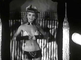 Crimson Headed Riot (1940s) Burlesque Dancer