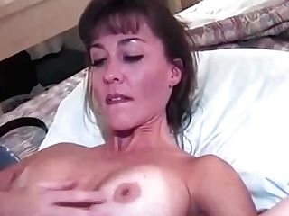 Old-school Mummy Knows How To Fuck