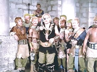 Seher Seniz, Eva Bender, Fatma Belgen - Tarkan Viking Kani